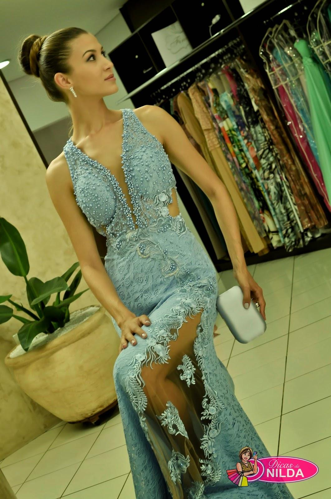dc1c8d156 Veja os lindos vestidos da Loja Finesse Noivas e Festas e, depois vá até a  loja para ver outros mais.