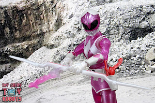 Lightning Collection Mighty Morphin 'Metallic' Pink Ranger 23