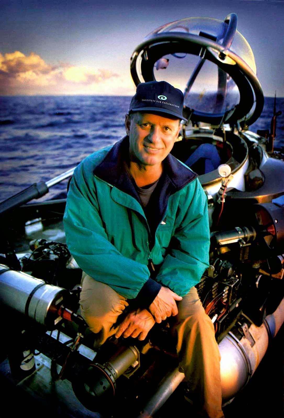 Trabalhos do Dr. Robert Ballard são patrocinados pela National Geographic Society dos EUA.