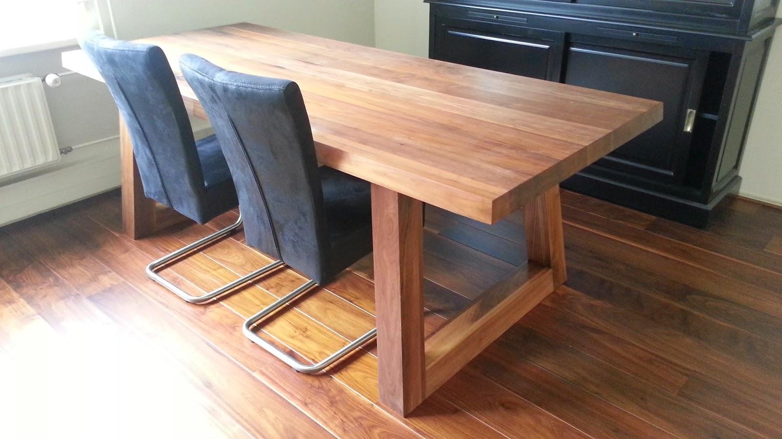 Wat kost een massief houten tafel for Tafel schuren en olien