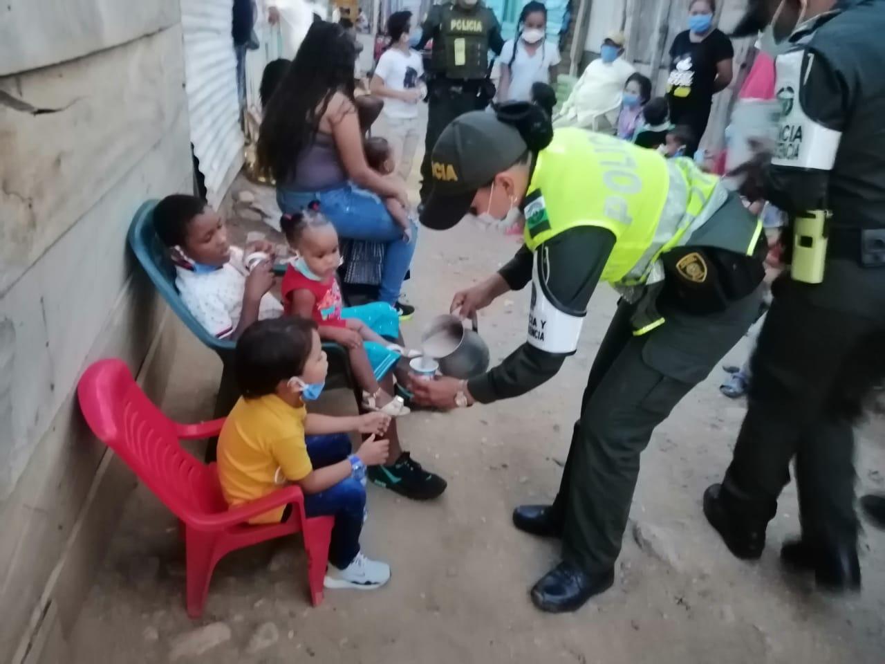 https://www.notasrosas.com/Policía Cesar impregnó a Valledupar con 'Aroma de Chocolate', desde las 'Brisas del Edén'