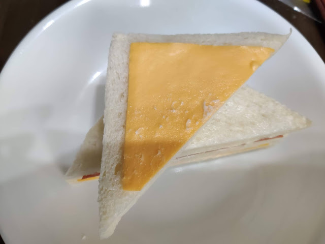 7-ELEVEN 起司火腿蛋三明治