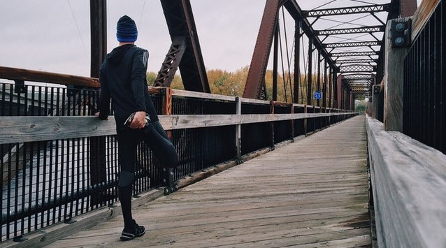 Hoe helpen ochtend sportoefeningen de lichaamsfitheid?