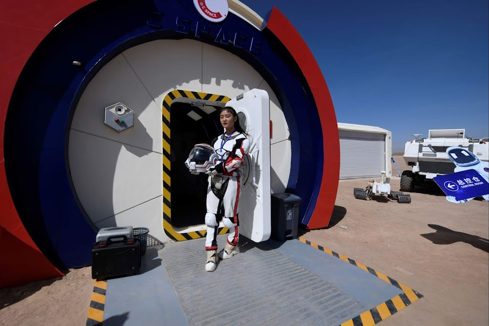 China's C-Space Mars simulation base in Gobi desert (tourist guide)