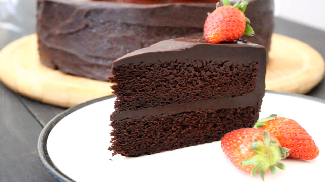 chocolate eggless and coffee cakes