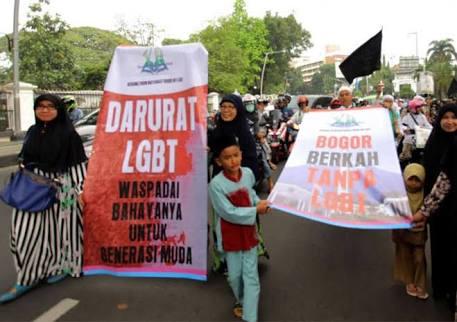 Sah !! Hanya di Sumbar, Kota Pariaman Lahirkan Perda Tindak LGBT dan Waria