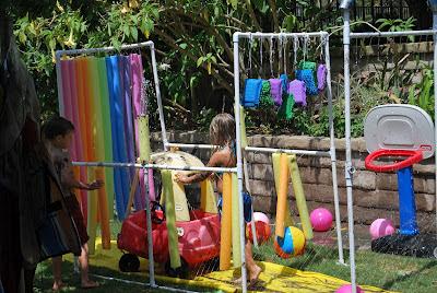 Túnel de obstáculos para los niños
