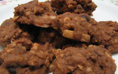 Image result for biskut choc chip
