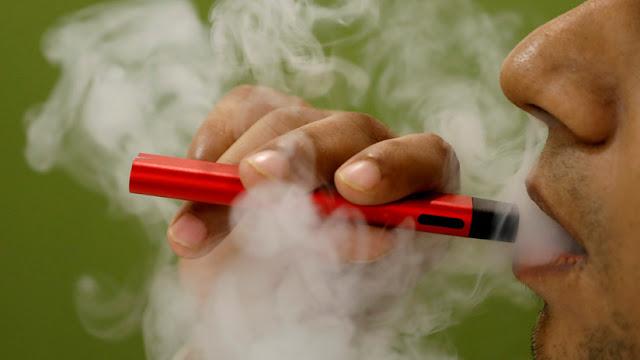 Advierten que el vapeo produce daños pulmonares similares a las quemaduras químicas