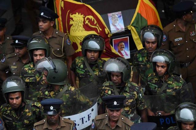 Global pressure rises on Sri Lanka president to defuse political crisis