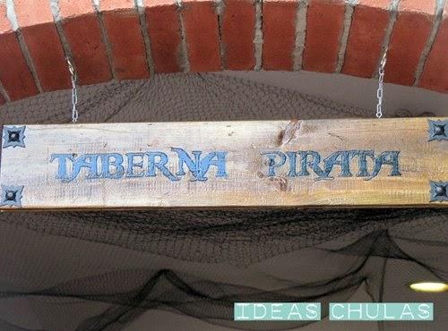 Letrero Taberna pirata de madera