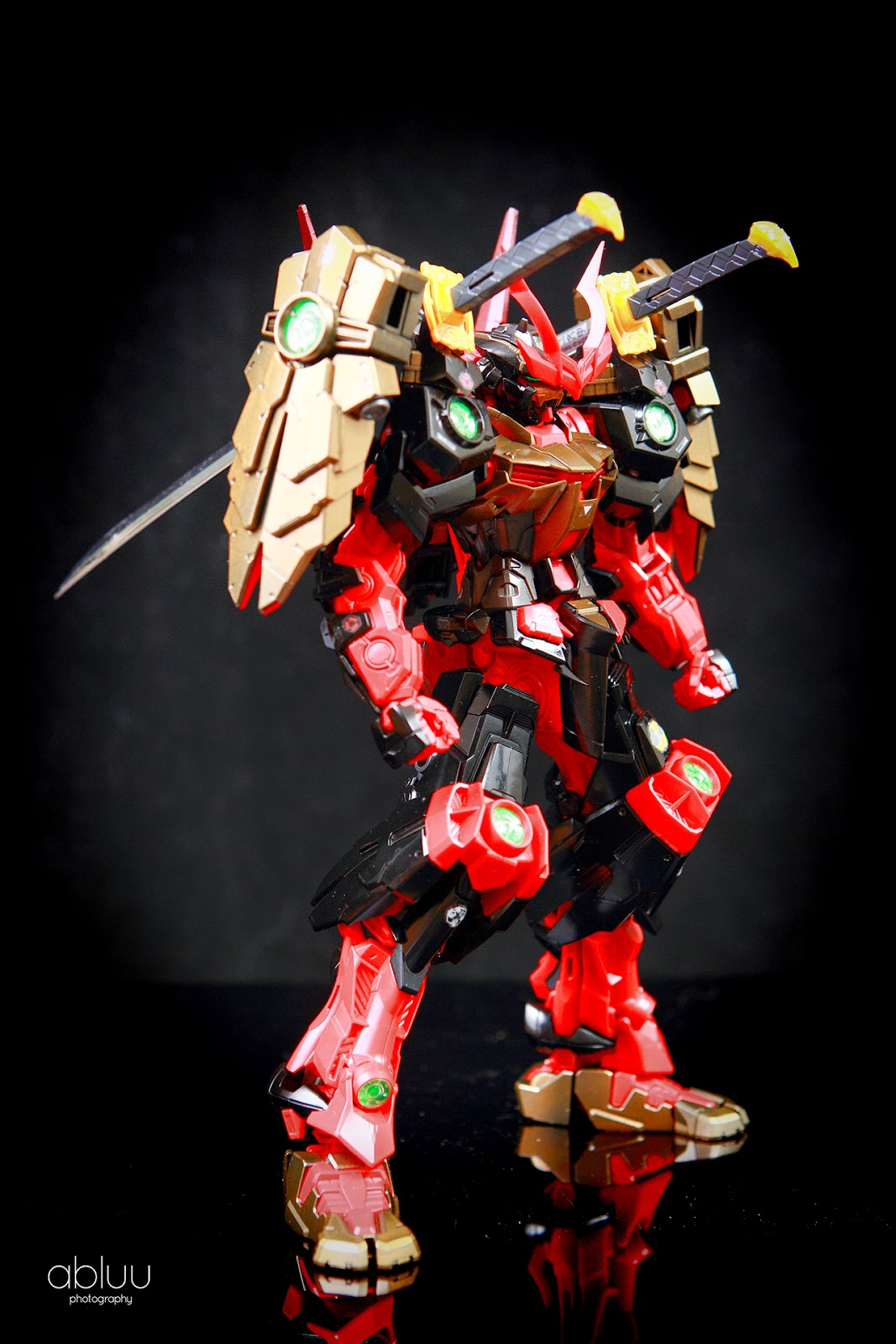 Painted Build: MG 1/10...