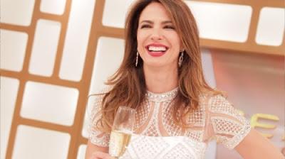 A apresentadora Luciana Gimenez comemora a época festiva - Crédito/Foto: Divulgação/RedeTV!
