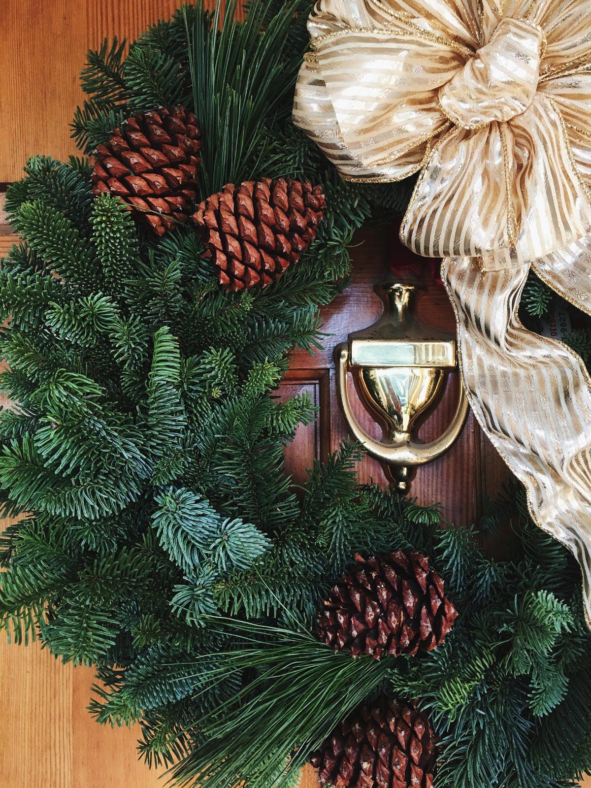 Fresh Winter Wreath - Christmas Forest