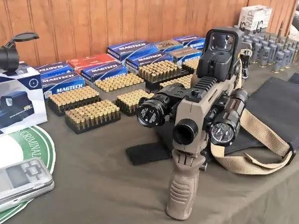 Incautan arsenal de municiones en Puente Alto