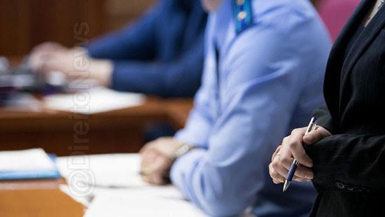 juiz insuficiencia delator falar acusados direito