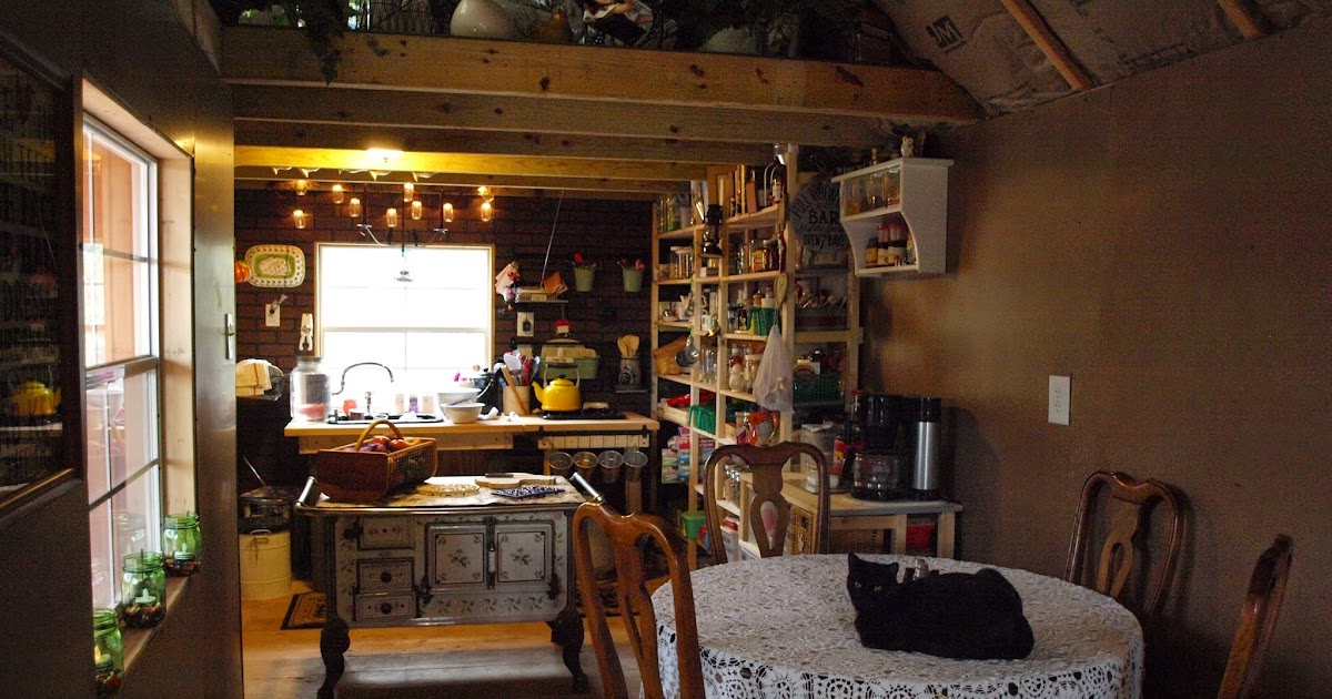Tiny House Homestead Living In A Tiny House Or Shouse