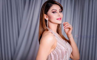 Urvashi-Rautela-Download-HD-Images-High-Quality-Wallpapers-7
