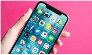 iPhone 4 はスマートフォンの新しいベンチマークを設定します。