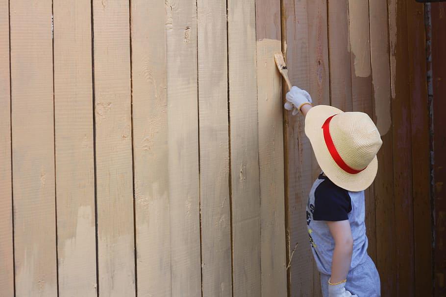 cat kayu adalah
