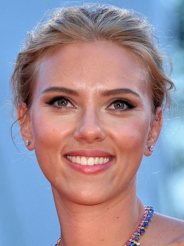 Scarlett Johansson 2013 Hairstyle | Celebrity Magazine