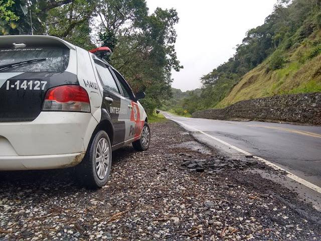 POLÍCIA MILITAR DE JACUPIRANGA DETÉM CASAL COM VEÍCULO FURTADO