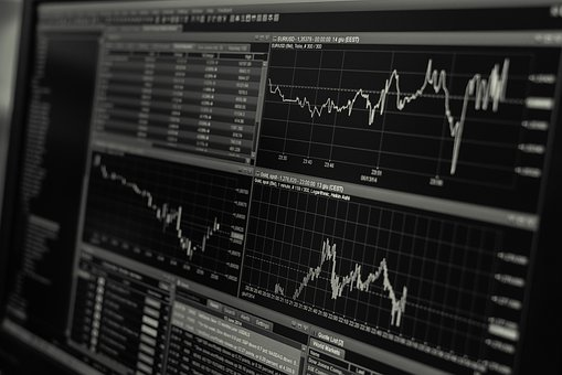 ECONOMY: Global recession fears cause markets downturn