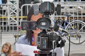 These challenges come in the field of TV Journalism (Hindi)
