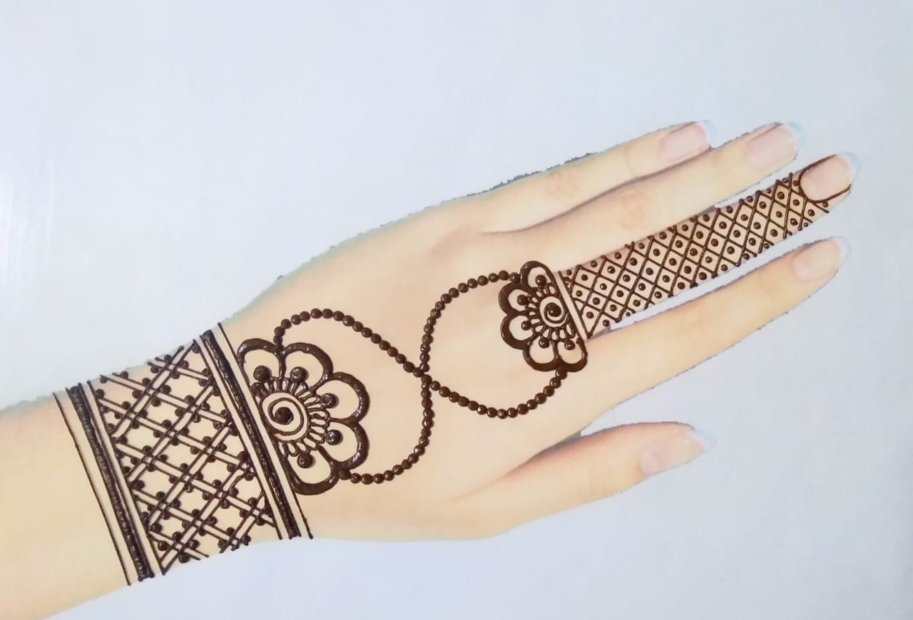 Ornament Style Simple Mehandi Designs