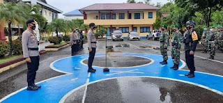 Kabid Keu Polda Sulsel Pimpin Apel Pengecekan Personil di Polres Pangkep