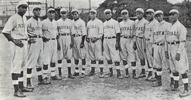 El 2 de febrero de 1930, se inicia una de las más enconadas rivalidades del béisbol venezolano: Royal Criollos-Magallanes