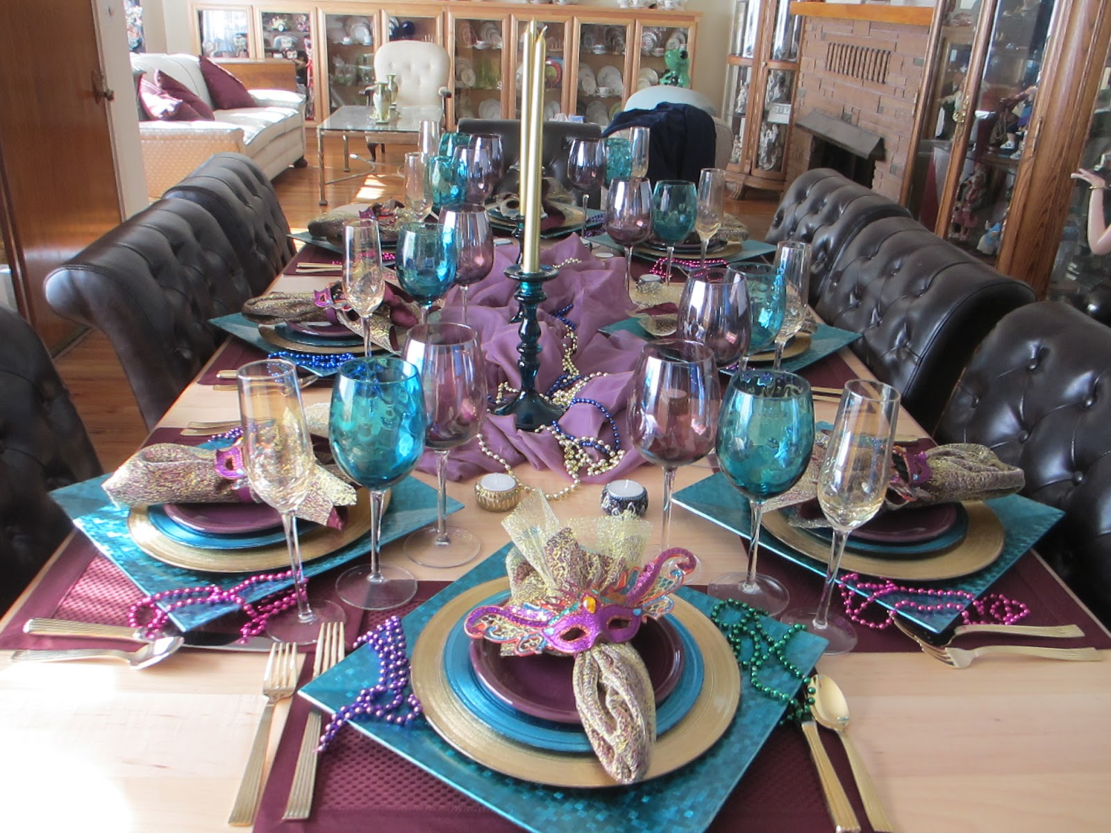 The Welcomed Guest Mardi Gras Tablescape