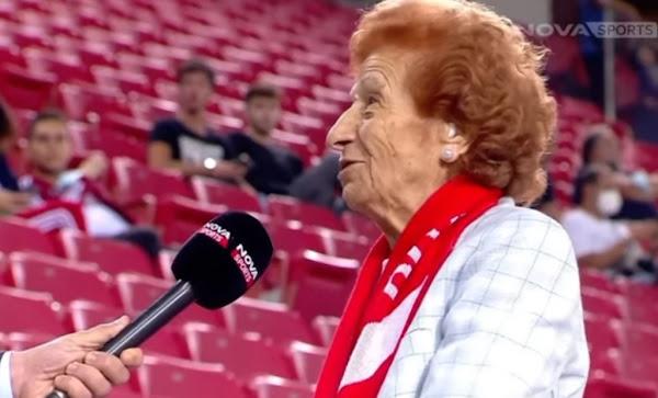 Η 92χρονη που έκανε το εμβόλιο του κορονοϊού για να βλέπει τον Ολυμπιακό στο Καραϊσκάκη