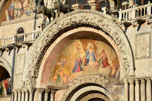 Freski na Bazylice Świętego Marka w Wenecji - największa atrakcja turystyczna w Wenecji