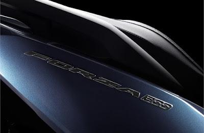 Honda Forza 300 2018 atau Forza 250 emblem logo timbul