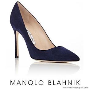 Meghan Markle wore Manolo Blahnik Pumps