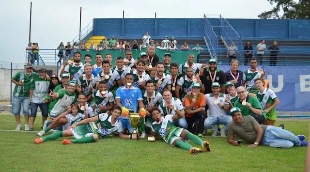 Após 45 anos fora do futebol, Almirante Barroso é campeão da Segundona de SC
