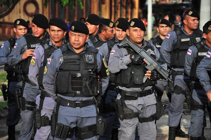 Policiais Militares iniciam ação de toque de recolher no Amazonas