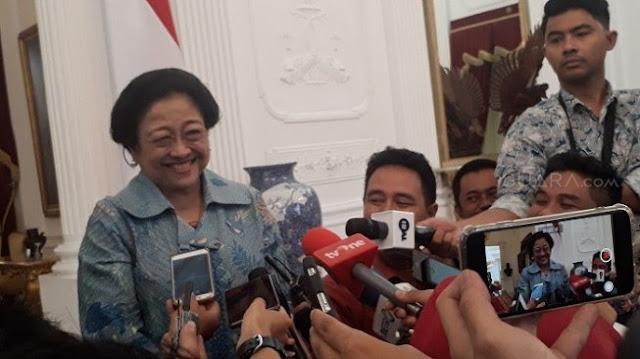 Megawati Tertawa Lihat Deklarasi KAMI: Banyak Banget yang Kepengin Jadi Presiden