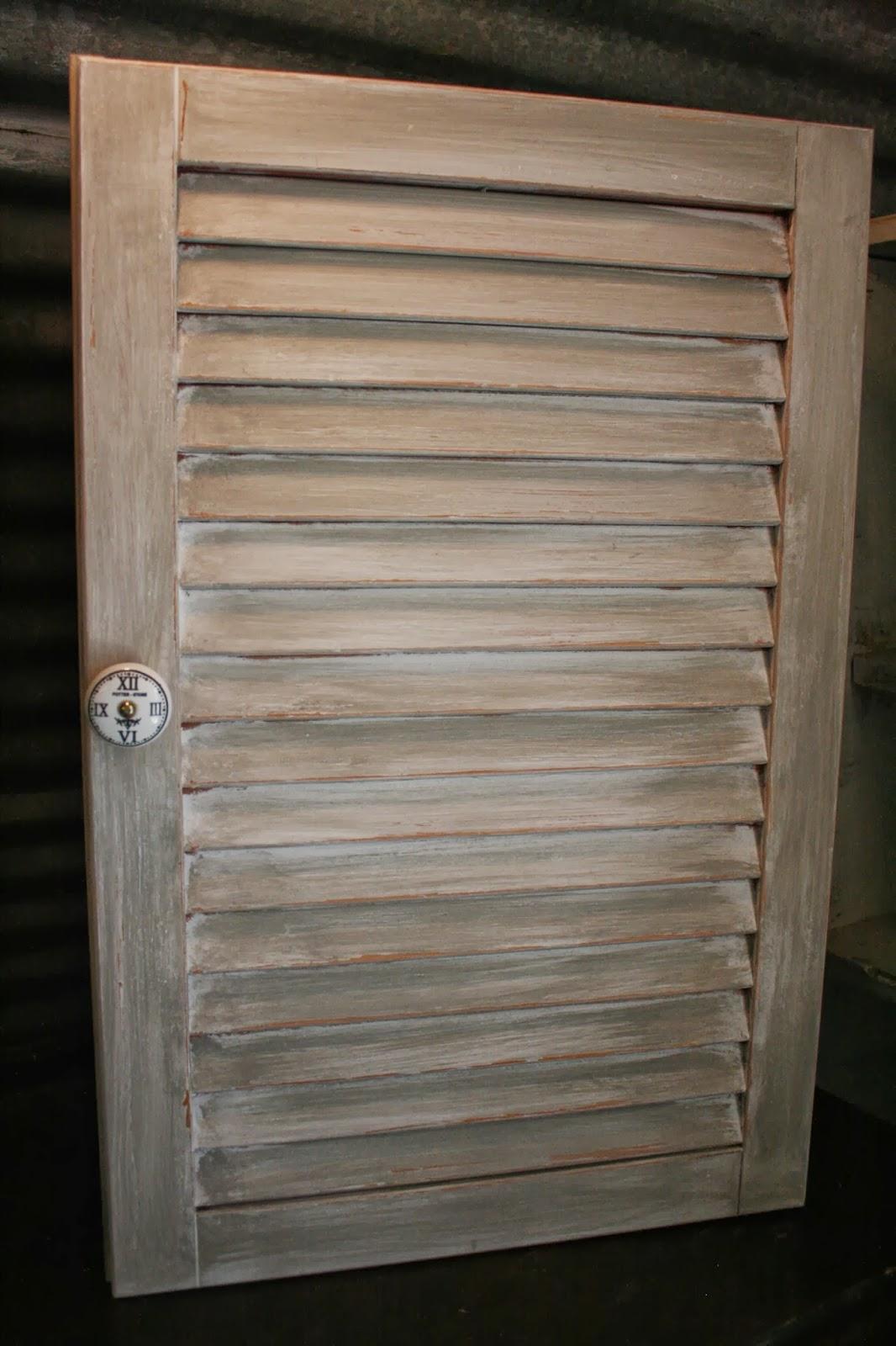Reloved Rubbish Louvered Medicine Cabinets