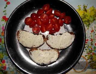 *Vous pouvez ajouter une tranche de jambon de pays sur le tartare