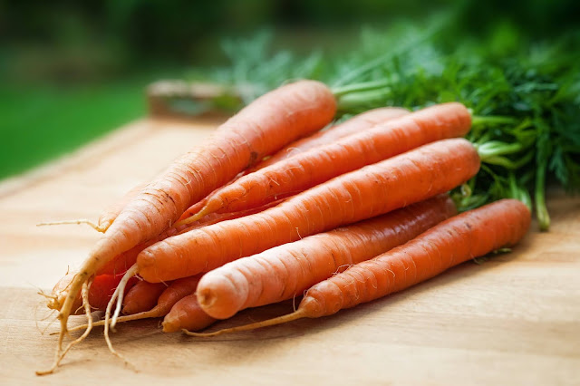 a bunch of carrots