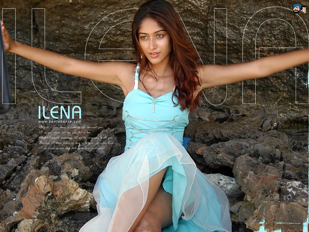 hot photos of ileana d cruz in bikini