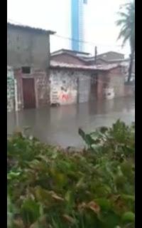Em João Pessoa bairro São José com as fortes chuvas enfrenta alagamentos