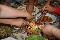 http://adriana-dardindar.blogspot.com/2012/02/invitatie-la-salata-prieteniei.html