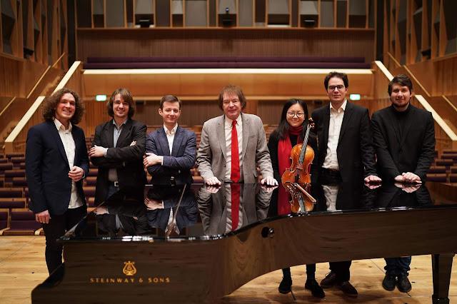 Roman Kosyakov, Daniel Lebhardt, Pascal Pascaleff, Julian Lloyd Webber, Yue Yu, Domonkos Csabay and Andrey Ivanov at Royal Birmingham Conservatoire