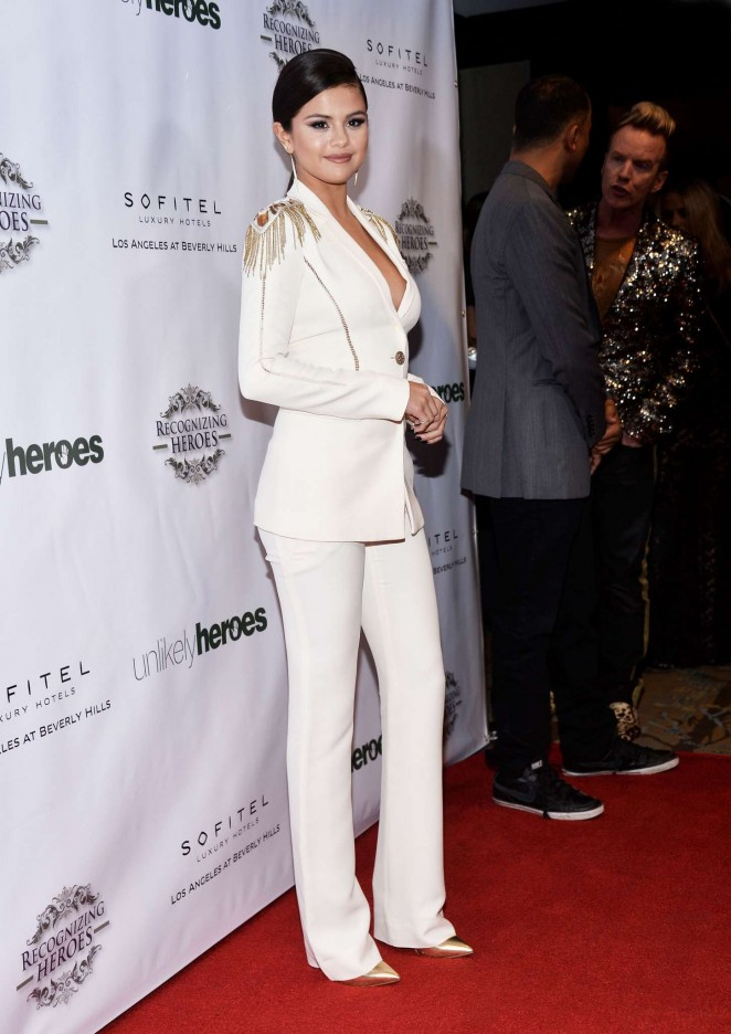 Selena Gomez In A Plunging Versace Pantsuit At The 2014