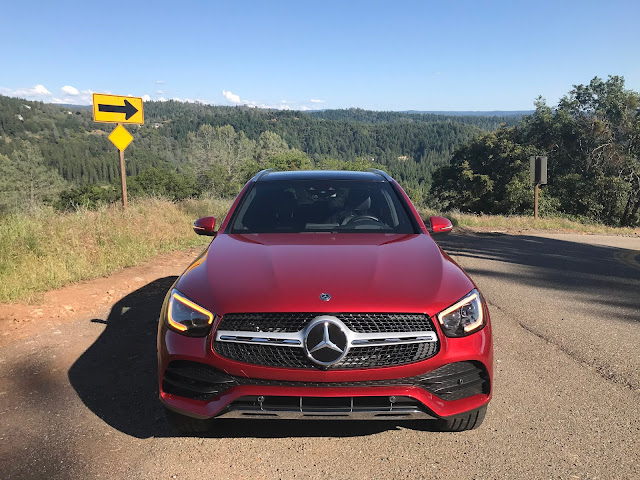 Front view of 2020 Mercedes-Benz GLC 300 4MATIC