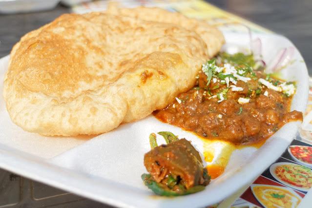 chhola bhatura