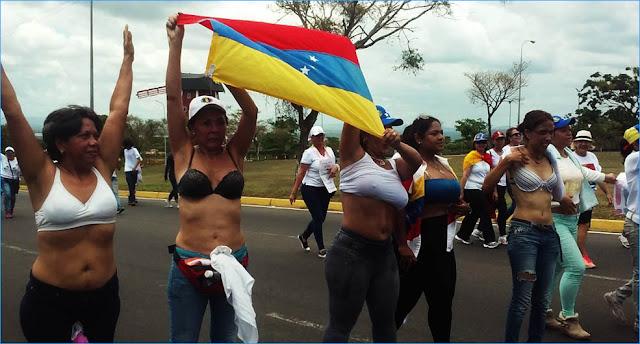 mujeres marcha protesta contra maduro